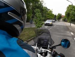 Asystent lewoskrętu BMW