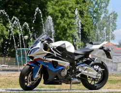 BMW S1000RR - idealny supersport_01